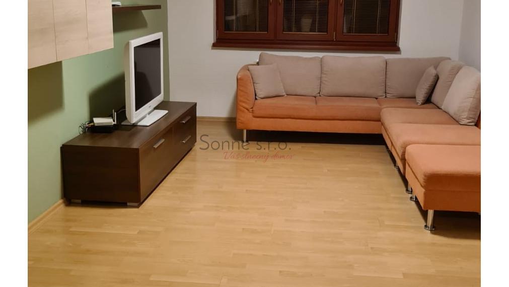 3 izbový byt s garážou - prenájom, Košice - Adlerova